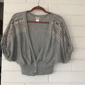 Shirt sleeve sweater